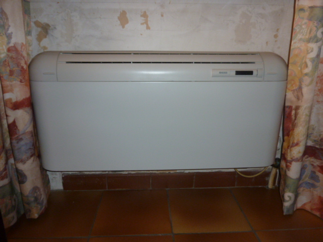 chaleurterre afficher le sujet ventilo convecteur rhoss. Black Bedroom Furniture Sets. Home Design Ideas