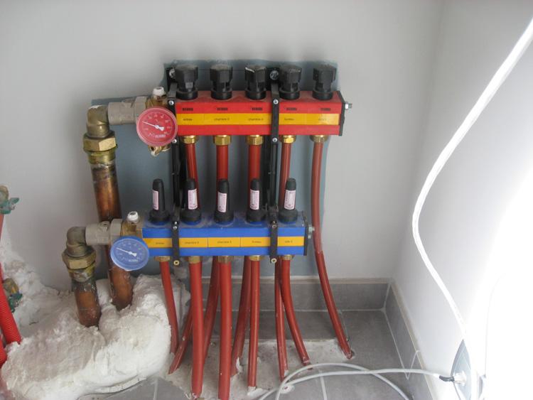 Chaleurterre afficher le sujet atlantic air eau extensa 6 kw rt2012 143 m2 alain30 for Plancher chauffant rehau