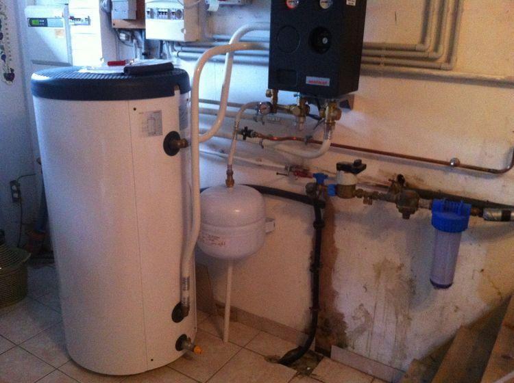 chaleurterre afficher le sujet weishaupt air eau. Black Bedroom Furniture Sets. Home Design Ideas