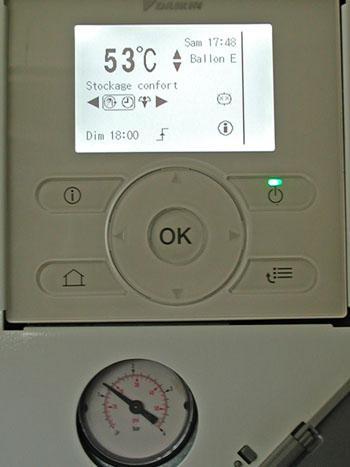 chaleurterre afficher le sujet altherma bt 16k ecs 260l integr de 2012. Black Bedroom Furniture Sets. Home Design Ideas